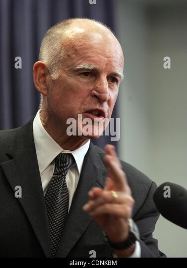 California Governor Jerry Brown Stock Photos & California ...