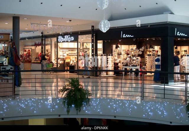 Shopping centre interior spain stock photos shopping - Centro hogar armas fuerteventura ...