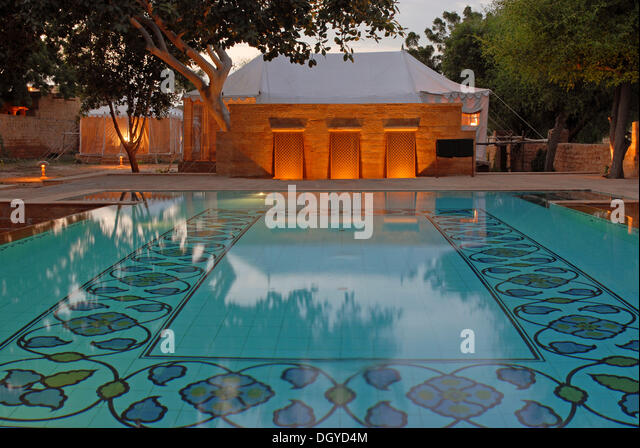 Outdoor Swimming Pool Dusk Stock Photos Outdoor Swimming Pool Dusk Stock Images Alamy