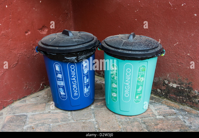 Basura Stock Photos & Basura Stock Images - Alamy