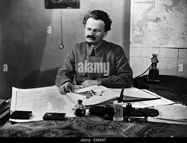 the political career of leon trotsky a marxist revolutionary and theorist The development and extension of leon trotsky's theory of permanent revolution part one this month marks the 90th anniversary of the russian revolution led by the bolshevik party of vi lenin and leon trotsky.