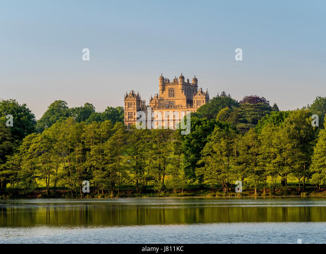 Lake and Wollaton Hall, Wollaton Park, Nottingham, UK. - Stock Image