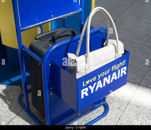 Flight hand baggage allowance ryanair