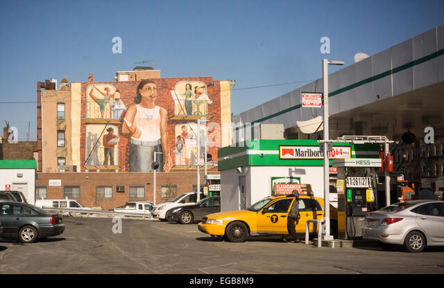 B gas stock photos b gas stock images alamy for Cleveland gas station mural