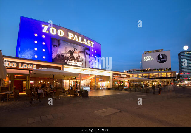 berlin famous cinema zoo palast with new bikini house. Black Bedroom Furniture Sets. Home Design Ideas