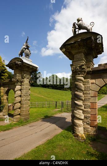 Stone Gate Pillars : Stone gate piers stock photos