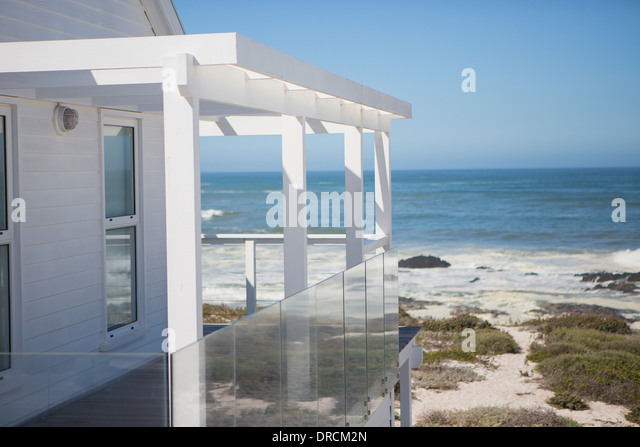 Beach balcony stock photos beach balcony stock images for Balcony overlooking ocean