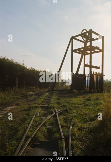 Fire Clay Mine : Winding gear stock photos images alamy