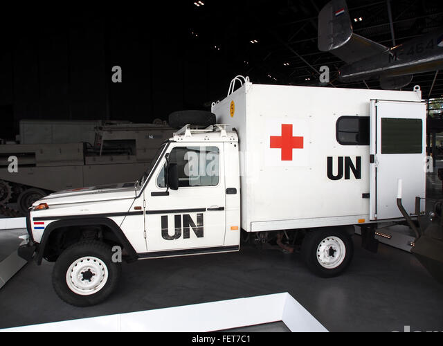 Mercedes benz ambulance stock photos mercedes benz for Mercedes benz emergency