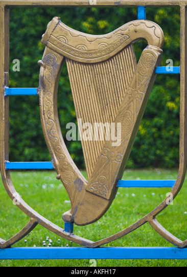 Irish Harp Stock Photos & Irish Harp Stock Images  Alamy. The Living Room Manchester Images. High End Leather Living Room Furniture. House With Sunken Living Room. Living Room With Lcd Designs. Living Room Green And Purple. Furniture For Green Living Room. How To Decorate A Living Room Side Table. Living Room Layouts With Sectionals