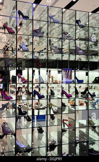 Shoe store in the center of Kremenchug 1