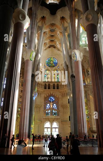 Barcelona sagrada familia interior stock photos for La sagrada familia inside