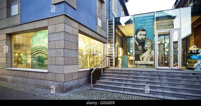 ceramic museum stock photos ceramic museum stock images alamy. Black Bedroom Furniture Sets. Home Design Ideas
