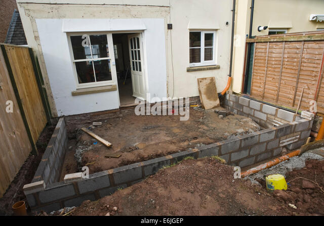 Concrete uk foundations gb stock photos concrete uk for Block wall foundation
