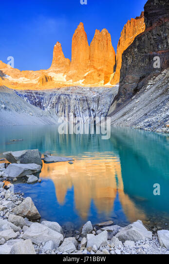 Torres Del Paine National Park, Chile. Sunrise at the Torres lookout. - Stock Image
