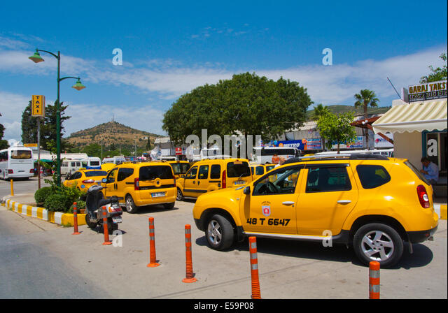 turkish taxis stock photos turkish taxis stock images alamy. Black Bedroom Furniture Sets. Home Design Ideas