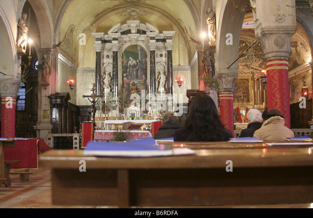 catholic single women in venice Venice for single woman watch this topic  one of the reasons a single person can feel at ease in venice is the fact that there are loads of single local people.
