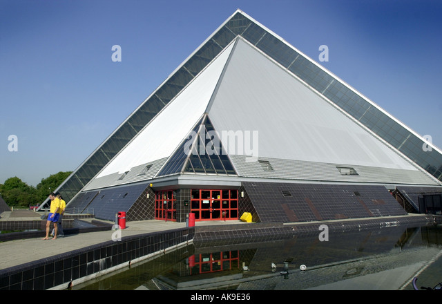 Community Swimming Pool Stock Photos Community Swimming Pool Stock Images Alamy