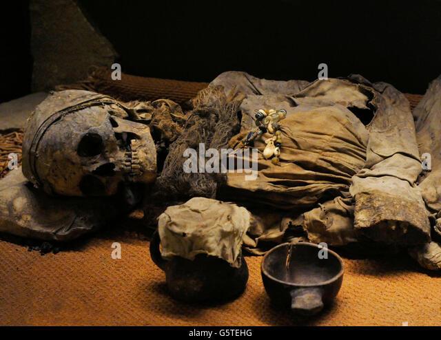 Mummification Stockfotos und Mummification Stockbilder - Alamy