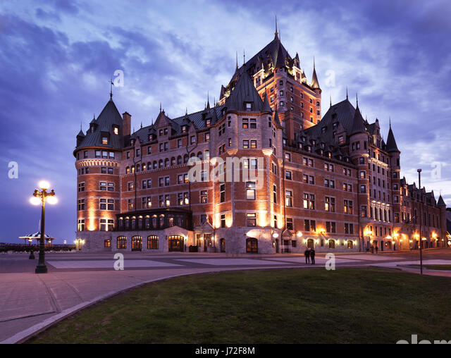 chateau frontenac night stock photos chateau frontenac. Black Bedroom Furniture Sets. Home Design Ideas