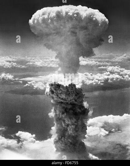 dropping the atomic bomb on japan Seventy years ago this month, the united states dropped atomic bombs on hiroshima and nagasaki, the soviet union declared war on japan, and the japanese government surrendered to the united states and its allies.