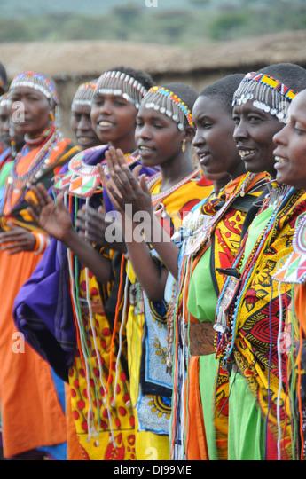 Maasai Tribe Stock Photos & Maasai Tribe Stock Images - Alamy