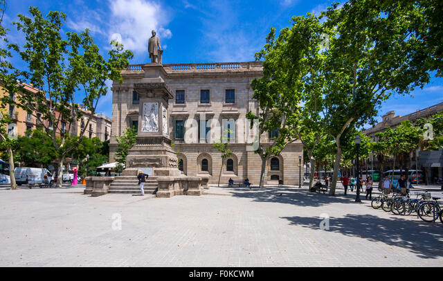 Llotja stock photos llotja stock images alamy - Casa llotja de mar ...