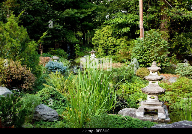 Rokkaku stock photos rokkaku stock images alamy for Japanese meditation garden