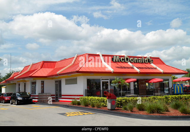 mcdonald 39 s restaurant exterior stock photos mcdonald 39 s