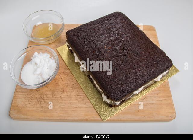 how to make sticky ginger cake