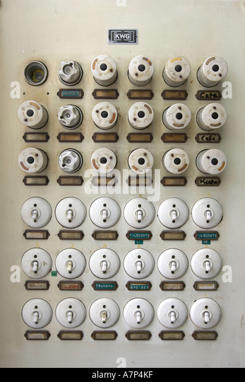 deu germany old fuse box a7p4kf old fuses fuse box stock photos & old fuses fuse box stock images selling a house with a fuse box at gsmx.co