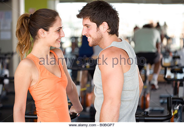 flirting with guys at the gym Looking to attract the eye of the opposite sex learn how to flirt at the gym without being a creeper.