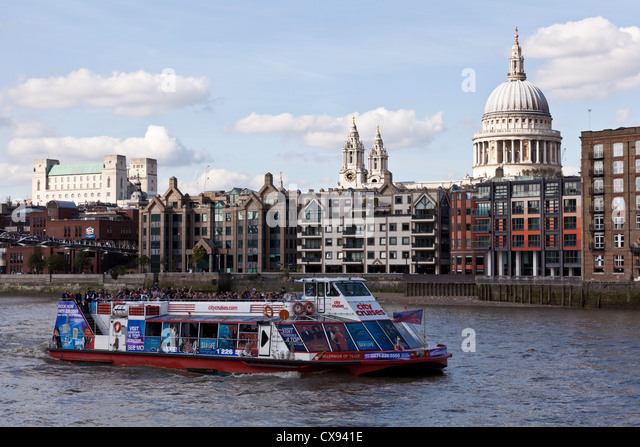 Thames London City Boat Stock Photos Amp Thames London City