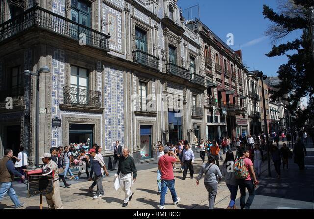 Casa de los azulejos stock photos casa de los azulejos for Sanborns azulejos mexico city