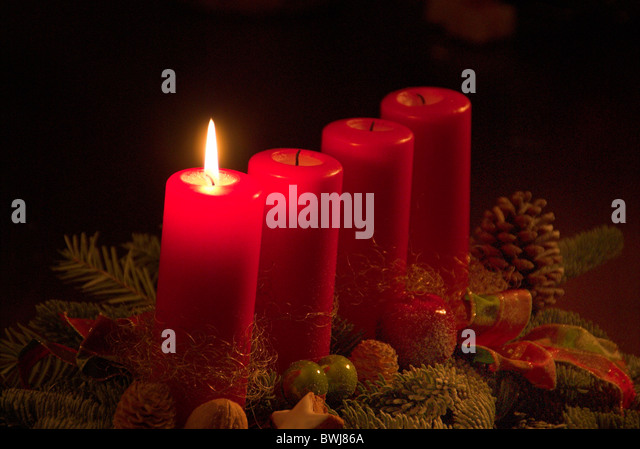 Advent first wreath stock photos advent first wreath for Advent candle decoration
