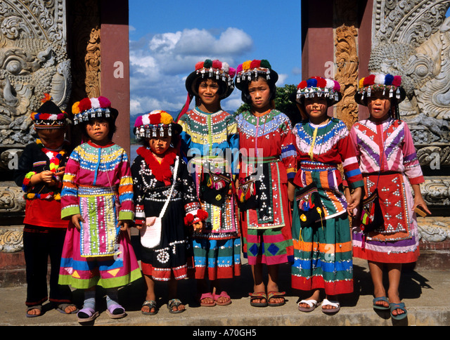 shiquanhe women Shiquanhe is located on the confluence of sênggê zangbo ( indus river ) and gar river historically the town was also known as ger this name.
