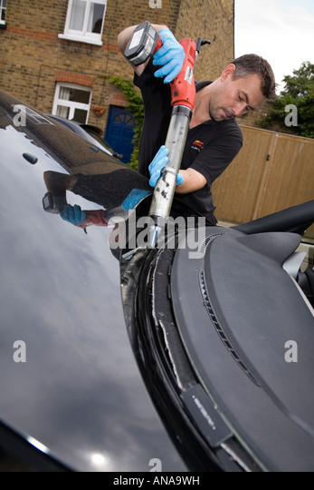 Autoglass Stock Photos Amp Autoglass Stock Images Alamy
