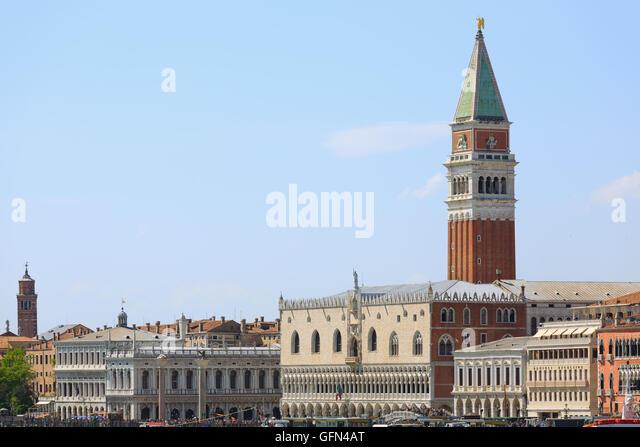 Famous Italian Architecture famous italian landmarks stock photos & famous italian landmarks