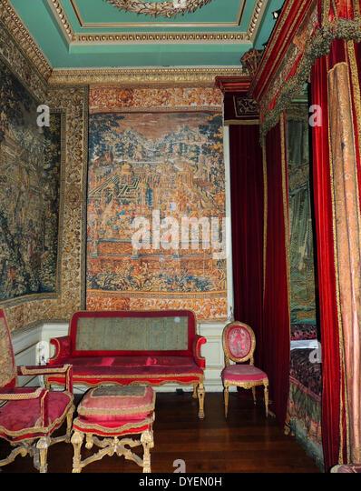 Warwick castle queen anne bedroom