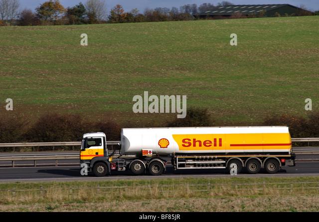 Petrol Tanker Stock Photos Amp Petrol Tanker Stock Images