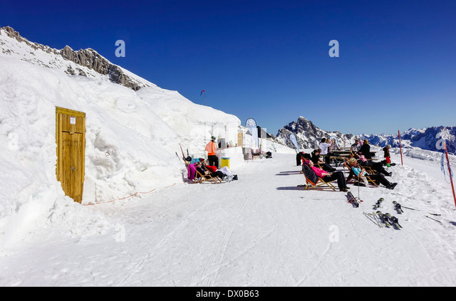 igloo village stock photos igloo village stock images alamy. Black Bedroom Furniture Sets. Home Design Ideas