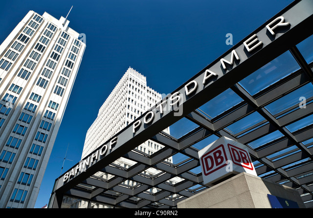 Berliner Platz 2 L Sungen s bahn stock photos s bahn stock images alamy
