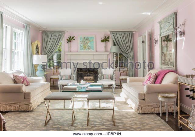 Country Living Vintage Style Sitting Living Room   Stock Image