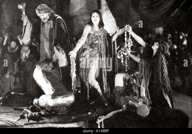 Ten Commandments 1923 Stock Photos & Ten Commandments 1923 ...