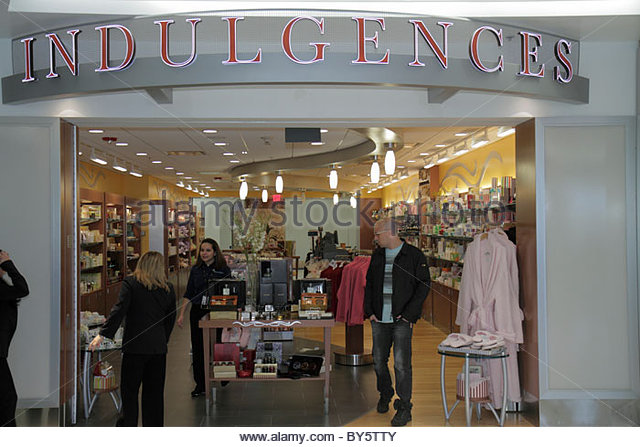 Airport Store United States Stock Photos & Airport Store United States ...