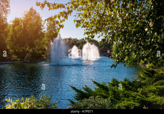 Fountains Pond Stock Photos Fountains Pond Stock Images Alamy