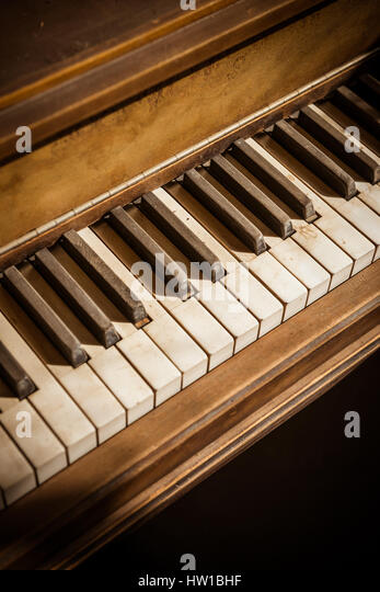 Wooden Piano Stock Photos Amp Wooden Piano Stock Images Alamy