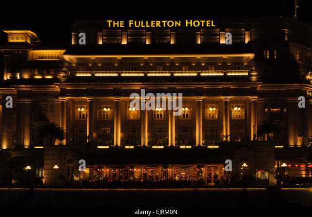 Luxury hotels exterior stock photos luxury hotels for Five star hotels in singapore
