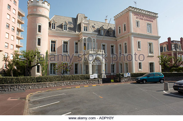 Office du tourisme stock photos office du tourisme stock images alamy - Office du tourisme biarritz horaires ...