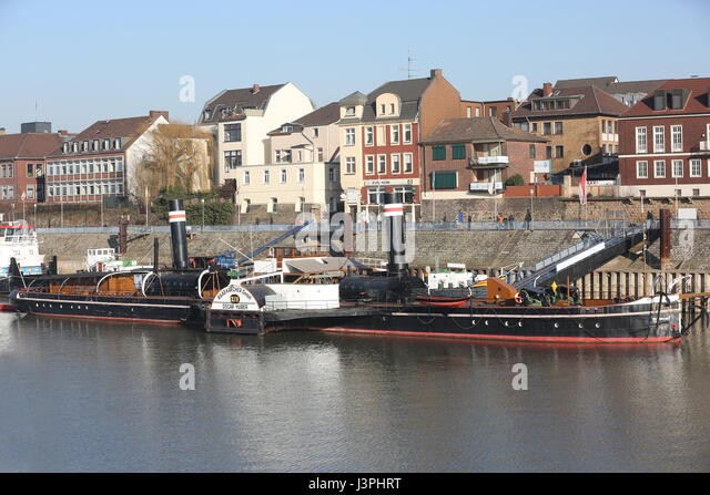 duisburg hafen stock photos duisburg hafen stock images alamy. Black Bedroom Furniture Sets. Home Design Ideas